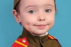 фотосъемка девочка в военной форме