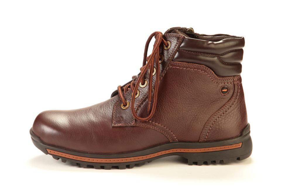 Фото мужского ботинка